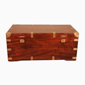 Mobiletto da campagna in legno di canfora, XIX secolo