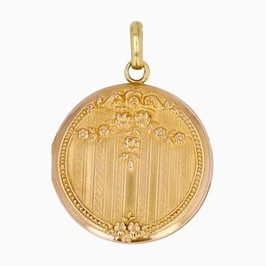 Colgante medallón francés de oro rosa de 18 quilates, siglo XX