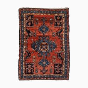 Antiker roter Teppich