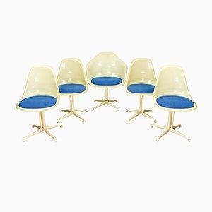 4 La Fonda Stühle und 1 La Fonda Armlehnstuhl aus Fiberglas von Charles und Ray Eames für Herman Miller, 1961, 5er Set