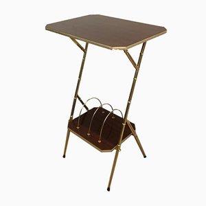Tavolino in mogano, simil bambù e metallo dorato con portariviste, Francia, anni '70