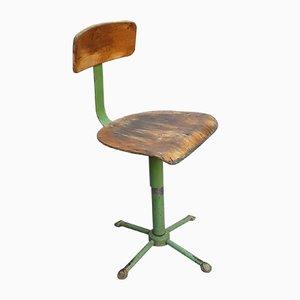 Grün lackierter Mid-Century Eisen Drehstuhl aus Buchensperrholz Verstellbarer Werkstattstuhl, 1950er