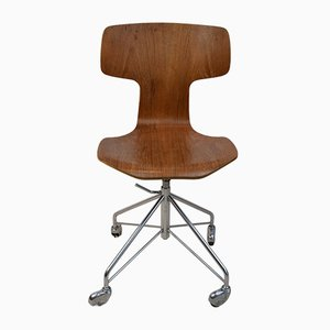Adjustable Model 3113 Desk Chair by Arne Jacobsen for Fritz Hansen