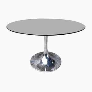 Round Table with Tulip Base & Glass Top