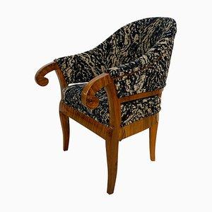 Biedermeier Bergere Chair in Walnut, Germany, 1830s