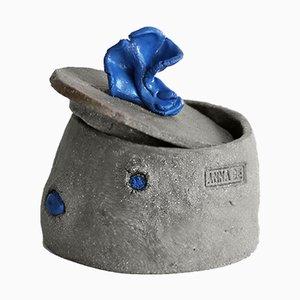 Raw Sculptural Series Keramikbox von Anna De