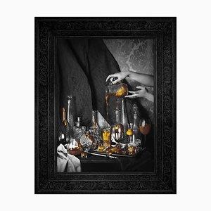 Still Life, Gold Edition Große bedruckte Leinwand von Mineheart