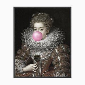 Große Bubblegum Portrait 3 Bedruckte Leinwand von Mineheart
