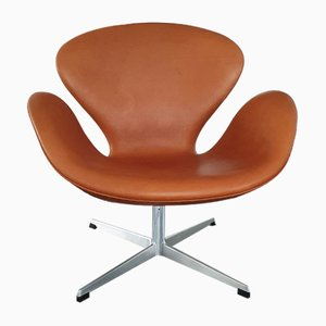 1st Edition Leather Lounge Chair by Arne Jacobsen for Fritz Hansen, 1964