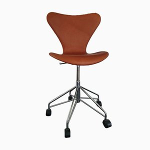 Model 3117 Leather & Walnut Desk Chair by Arne Jacobsen for Fritz Hansen, 2003
