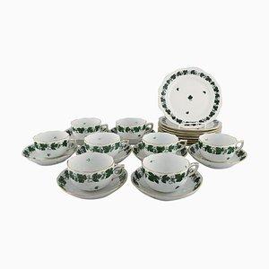 Service à Thé en Vigne de Raisin Vert et Feuille de Porcelaine de Herend, Set de 24