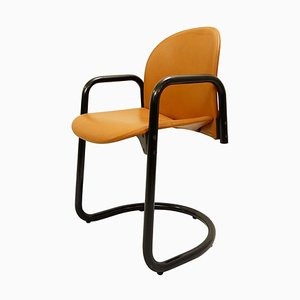 Italian Dialogo Leather Chair by Tobia & Afra Scarpa