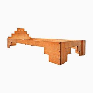 Cama italiana de madera de Enzo Mari, años 70