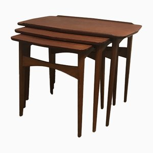 Tavolini a incastro vintage di Mogens Kold, Danimarca, anni '60, set di 3