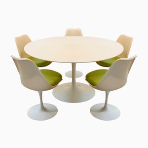 Tulip Dining Set of 5 Chairs with Table by Eero Saarinen for Knoll International, 1970s, Set of 6