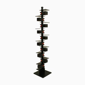 Model Taliesin 2 Floor Lamp by Frank Lloyd Wright for Yawagima