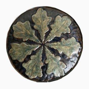 Piatto Art Deco in ceramica con foglie di Emil Ruge, anni '30