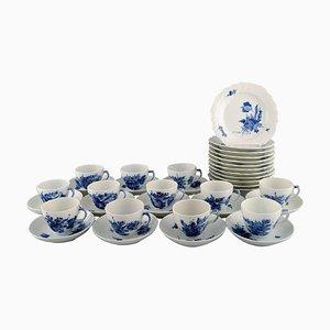 Blau Floraler gebogener Kaffee Service von Royal Copenhagen für Twelve People, 1960er, Set of 36