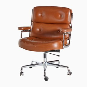 ES 104 Lobby Chair by Charles & Ray Eames for Vitra