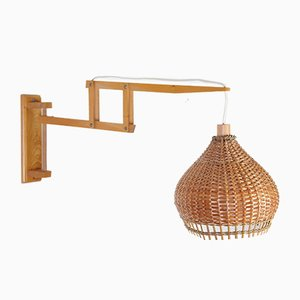 Schwedische Mid-Century Korbweide Wandlampe von Liptov, 1970er