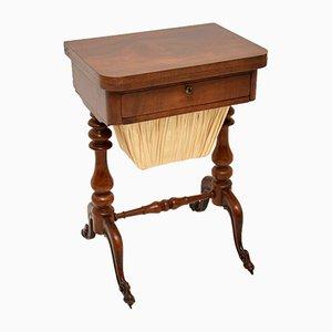 Antiker viktorianischer Spiel- oder Schachtisch aus Nussholz