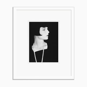 Imprimé Pigmentaire Louise Brooks Encadré en Blanc