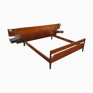 Bett mit Kopfteil mit Eingebauten Schränken von Vittorio Dassi, 1960er
