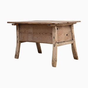Early 18th Century Swedish Hedna Table