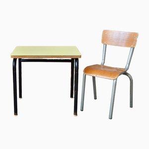 Escritorio infantil y silla azul. Juego de 2