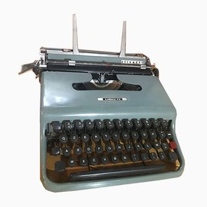Lettera 22 Schreibmaschine von Olivetti