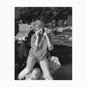 Marilyn Monroe Silbergelatine Harz Druck in Weiß von Baron
