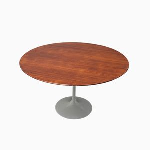 Tulip Series Dining Table by Eero Saarinen for Knoll International
