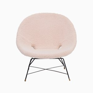 Mid-Century Modern Italian Kosmos Lounge Chair Reupholstered in Beige Teddy Fur by Augusto Bozzi for Saporiti