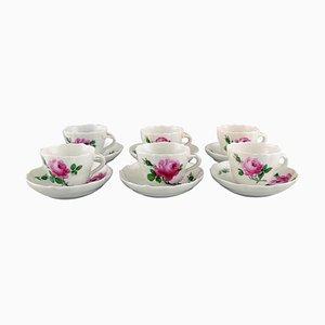 Tazas de café Meissen con platillos con rosas en rosado. Juego de 12