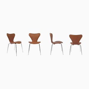 Tan Colored 7 Series Chairs by Arne Jacobsen for Fritz Hansen, Set of 4