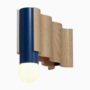 Corrugation Lights Texturierte Single Wandlampe von Theodora Alfredsdottir