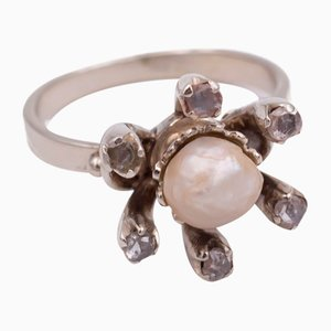 Vintage White Gold Ring with Pearl and Rosettes, 1930s