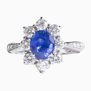 Modern 18k White Gold Daisy Ring with Central Pailin Sapphire and Cut Diamonds