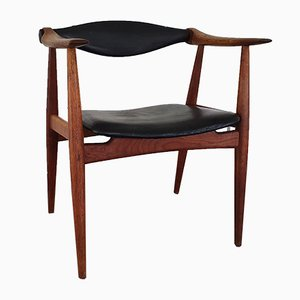 CH34 Yoke Armchair in Black Leather and Oak by Hans J. Wegner for Carl Hansen & Søn