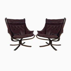 Vintage Falcon Chair mit Hoher Rückenlehne aus Gebogenem Braunem Leder von Sigurd Ressell, 1960er