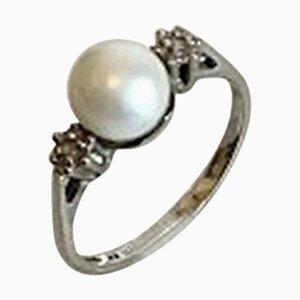 Ring aus 14 Karat Weißgold mit Perle & 2 Kleinen Brillanten