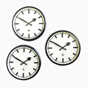 Bakelite Wall Clock from TN, 1940s
