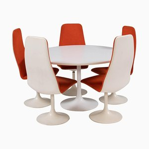 White Dining Table & 5 Orange Viggen Dining Chairs by Borge Johanson, 1960s, Set of 6