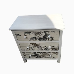 Chest of Drawers with Flower Pattern