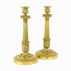 Große Empire Kerzenständer aus Vergoldeter Bronze, Frankreich, 1820, 2er Set