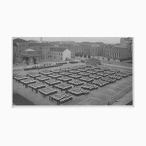 Faschismuszeit in Italien, Sportunterricht im Freien, Vintage Schwarzweißfotografie, 1934