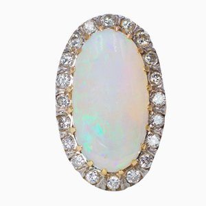 Vintage Ring in 18k Gold With Australian Opal and Brilliant Cut Diamonds (0.80 Ct), 50s