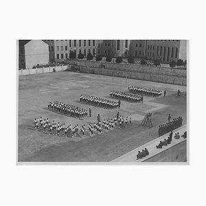 Unknown, Balilla Boys Training während des Faschismus in Italien, Vintage Schwarz & Weiß Foto, 1934