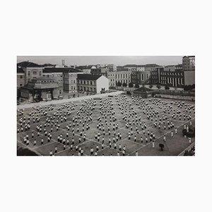 Unbekannte öffentliche Demonstration während des Faschismus in Italien, S / W Fotografie, 1930er