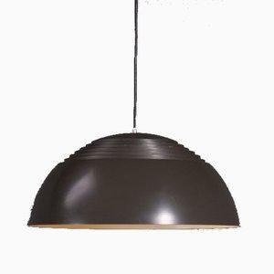 Lampada a sospensione di Arne Jacobsen per Louis Poulsen